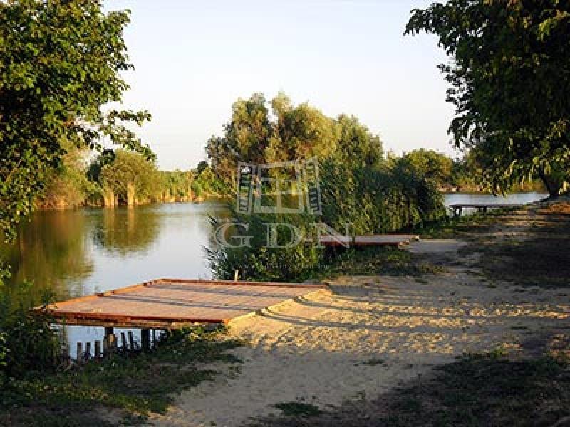 http://www.gdn-ingatlan.hu/nagy_kep/balatonfersing/gdn-ingatlan-136977-1440751757.62-watermark.jpg