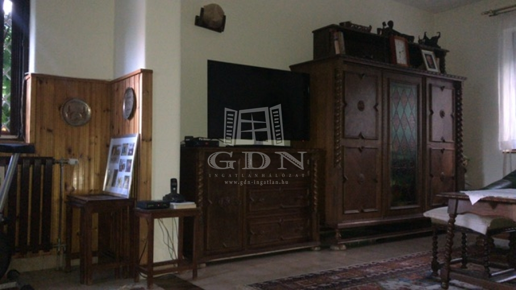 http://www.gdn-ingatlan.hu/nagy_kep/dunakeszi/gdn-ingatlan-240913-1533064121.18-watermark.jpg