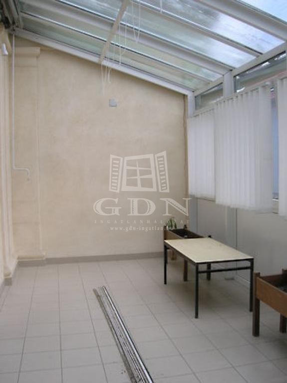http://www.gdn-ingatlan.hu/nagy_kep/happypecs/gdn-ingatlan-228788-1521004265.33-watermark.jpg