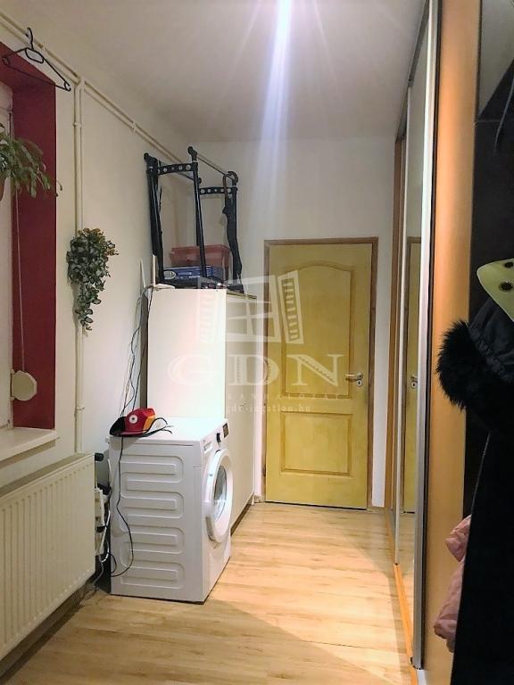 http://www.gdn-ingatlan.hu/nagy_kep/harmonia/gdn-ingatlan-237183-1529403310.14-watermark.jpg