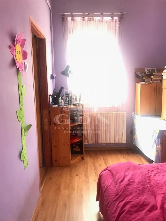 http://www.gdn-ingatlan.hu/nagy_kep/harmonia/gdn-ingatlan-237183-1529403312.95-watermark.jpg