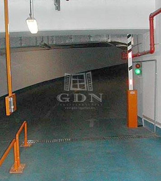 http://www.gdn-ingatlan.hu/nagy_kep/ingatlanbudafok/gdn-ingatlan-155998-1455852398.28-watermark.jpg