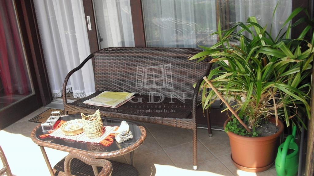 http://www.gdn-ingatlan.hu/nagy_kep/one/gdn-ingatlan-171783-1467747082.08-watermark.jpg