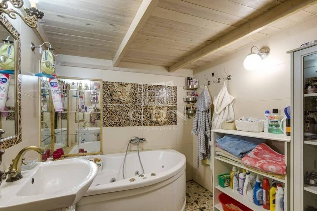 http://www.gdn-ingatlan.hu/nagy_kep/pannnonia/gdn-ingatlan-286917-1581538506.01-watermark.jpg
