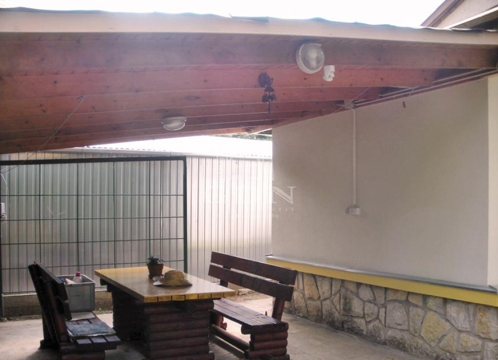 http://www.gdn-ingatlan.hu/nagy_kep/pannon/gdn-ingatlan-205390-1522347285.78-watermark.jpg
