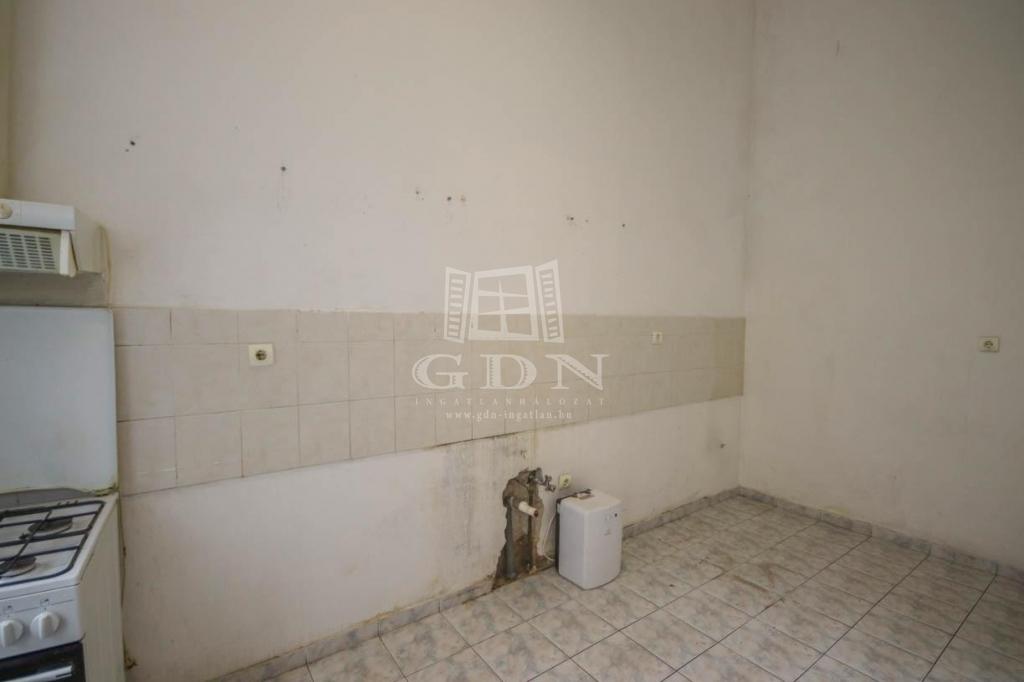 http://www.gdn-ingatlan.hu/nagy_kep/region/gdn-ingatlan-281492-1575306639.41-watermark.jpg