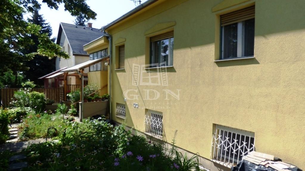 http://www.gdn-ingatlan.hu/nagy_kep/sashalom/gdn-ingatlan-240358-1532514518.54-watermark.jpg