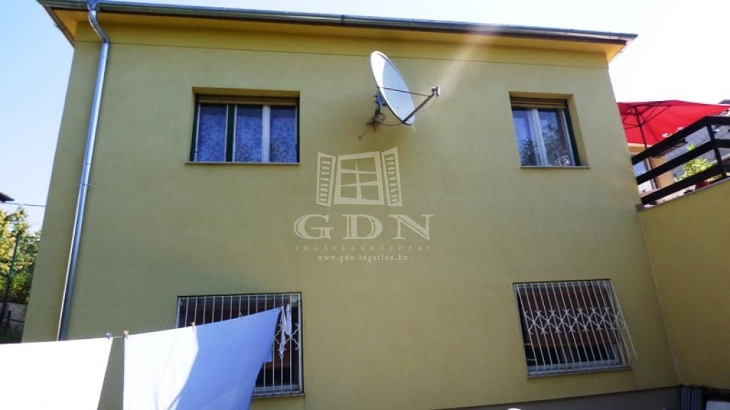 http://www.gdn-ingatlan.hu/nagy_kep/sashalom/gdn-ingatlan-240358-1532514518.73-watermark.jpg