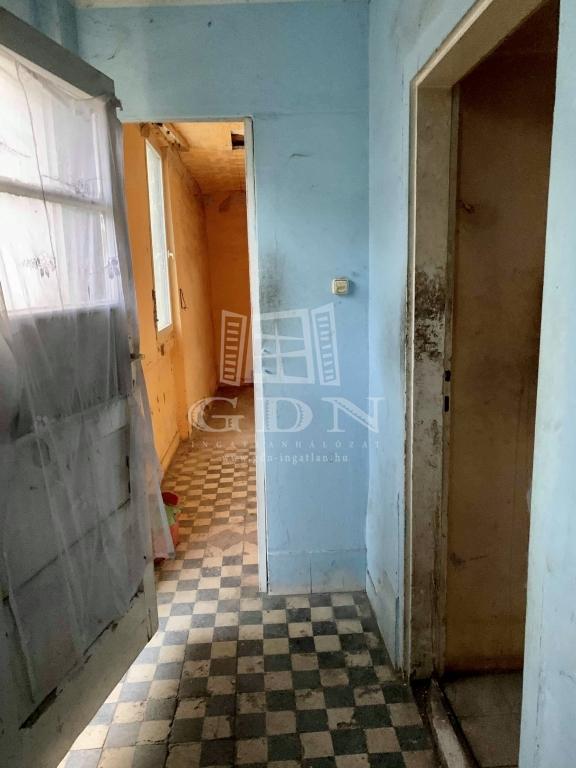 http://www.gdn-ingatlan.hu/nagy_kep/silverhome/gdn-ingatlan-281473-1575041369.6-watermark.jpg