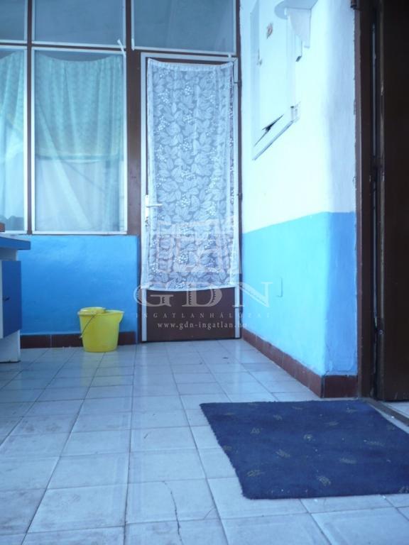 http://www.gdn-ingatlan.hu/nagy_kep/sziget/gdn-ingatlan-230829-1523387536.75-watermark.jpg