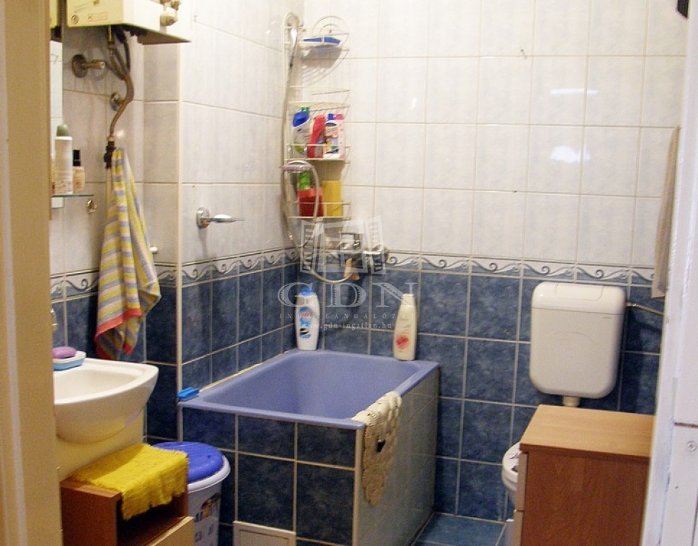 http://www.gdn-ingatlan.hu/nagy_kep/zenit/gdn-ingatlan-260726-1558470639.25-watermark.jpg